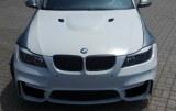 Pare-choc avant BMW E90 / E91 LOOK M4 05 a 08
