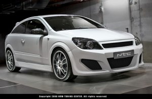 Pare chocs avant Opel ASTRA H 2005