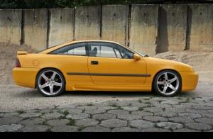 Bas de caiss Opel Calibra