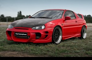 Bas de caisse universel Mazda MX3