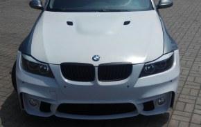 Pare-choc avant BMW E90 / E91 LOOK M4 avec empl.antibrouillard 05 a 08