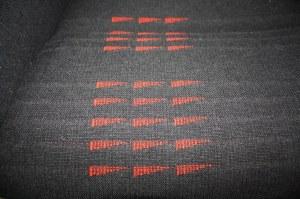 Tissu neuf avec fanions rouges sur support mousse pour sièges Renault Super 5 GT Turbo phase 2