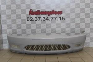 Pare choc avant Peugeot 406 Coupé phase 1 avec grille nid d'abeille