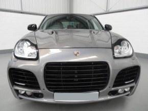 kit carrosserie Sport MAGNUM pour Porsche Cayenne phase 1 955 de 2003 à 2007