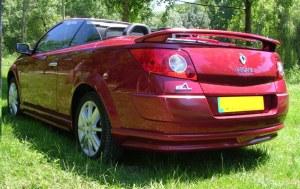 """Rajout de pare choc arrière """"Electra"""" Esquiss'Auto pour Renault Megane 2 CC sortie d'échappement"""